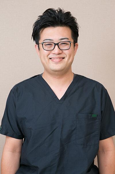 歯科医師:吉村 慎一郎